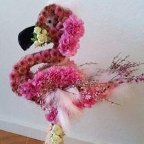 Kukkainen vaahtomuovi flamingo 70cm x 35cm