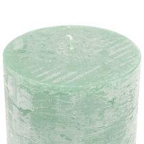 Yksiväriset kynttilät vaaleanvihreä 50x100mm 4kpl