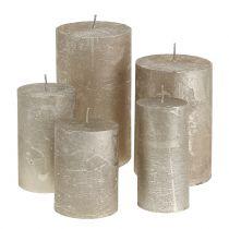 Yksiväriset kynttilät platina erikokoisia
