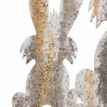 Pääsiäiskoristeinen pupu lapsen kanssa ruostuvan koivun näköiseksi metalliksi 25 × 32cm