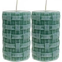 Kynttilät punotulla kuviolla, pilarikynttilät Rustic Green, kynttiläkoriste 110/65 2kpl.