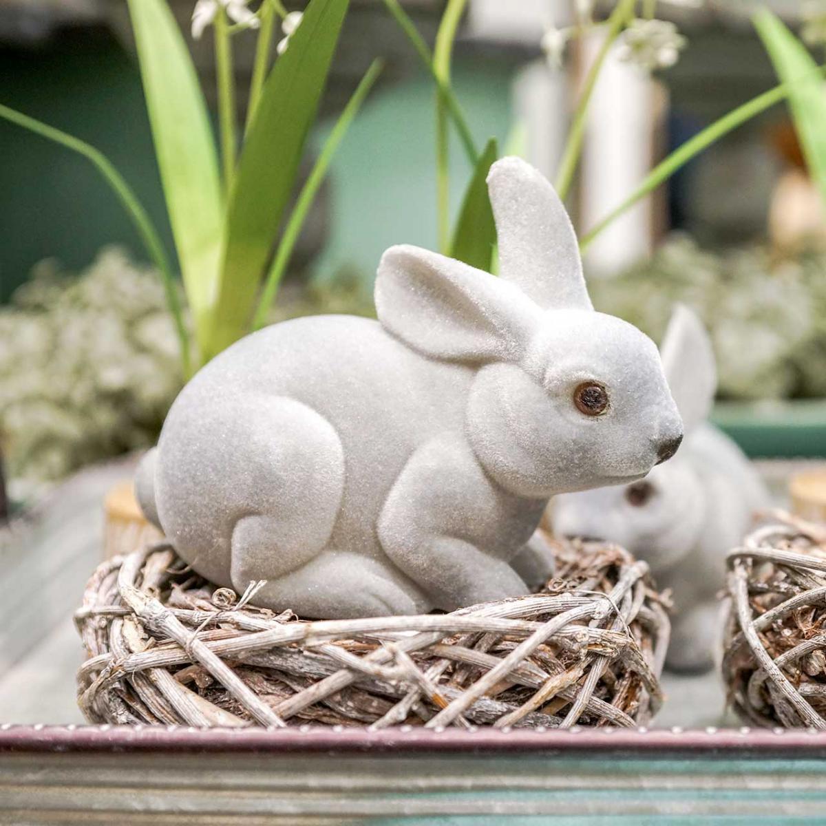 Koristeellinen hahmo pupu harmaa, kevät koriste, pääsiäispupu istuu flocked 3kpl