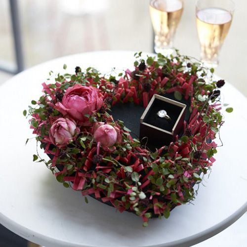 Kukka vaahtomuovi sydän musta 33cm 2kpl häät koristelu